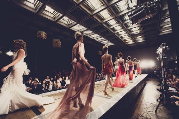 Российские модели снялись для юбилейной обложки Vogue