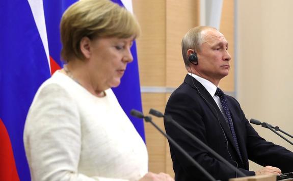 """Путин и Меркель в рамках встречи в Берлине обсудят """"Северный поток – 2"""""""