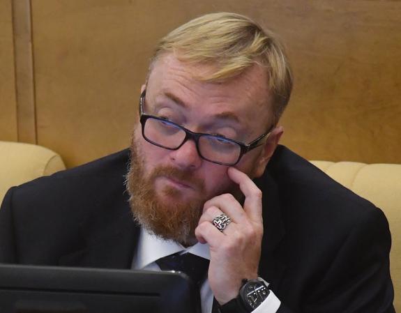 Депутат Милонов жестко высказался о разводе Влада Соколовского и Риты Дакоты