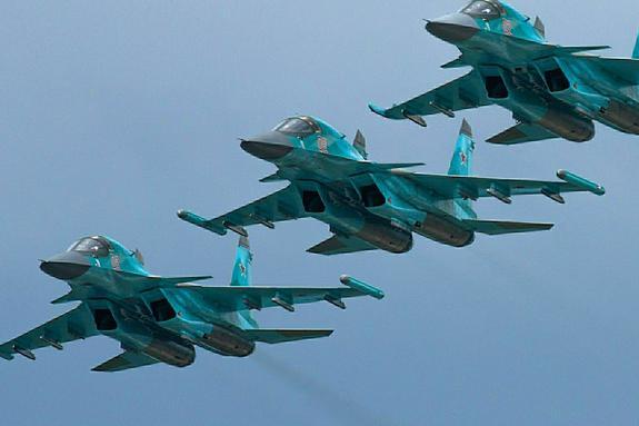 Минобороны РФ опровергло заявление Британии о перехвате 6 Су-24 над Черным морем