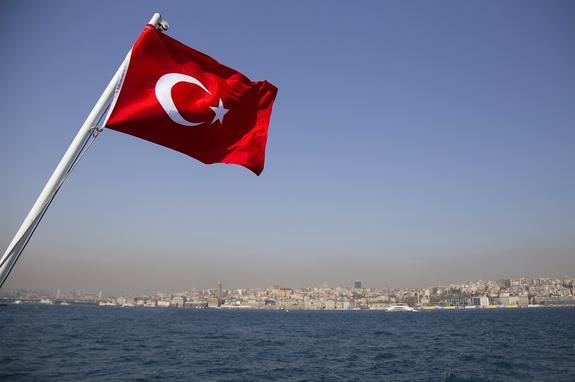 В Турции заявили, что успешно противостоят попытке экономического переворота