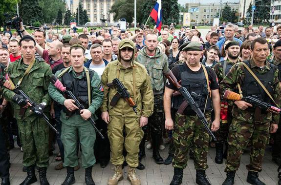 Добровольцы-россияне теперь едут на Донбасс учиться воевать
