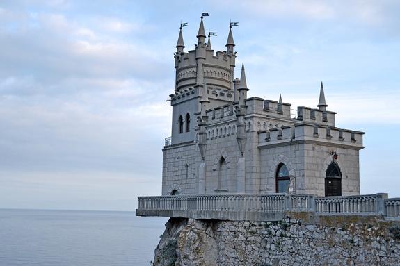 Крым с начала  года  посетили около миллиона украинских туристов