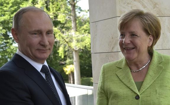 В Госдуме прокомментировали переговоры Путина и Меркель