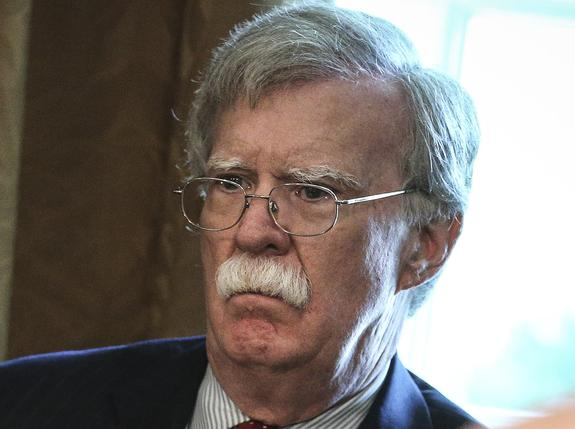 Болтон: США хотят помешать Китаю, Ирану и КНДР вмешаться в американские выборы