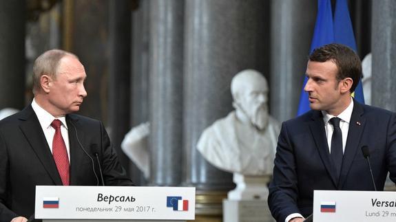 В Кремле рассказали, как Путин относится к Макрону