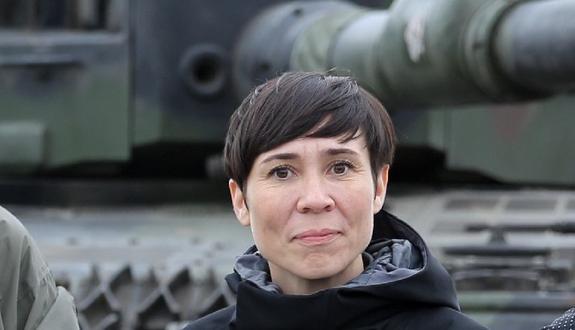 Глава МИД Норвегии приедет в Донбасс 5-го сентября