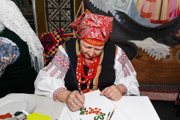 Уральская супрядка, школьная мастерская и концерт на конкурсе «Урал мастеровой»