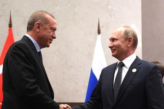 Путин встретился с Эрдоганом перед саммитом в Тегеране