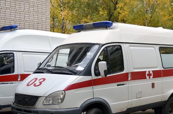 В Башкирии автобус с детьми столкнулся с легковушкой, погиб человек