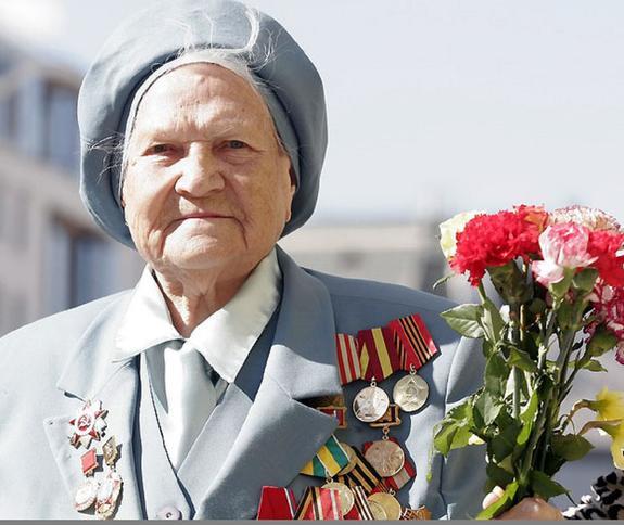 Ветераны ВОВ получат выплаты к годовщине битвы под Москвой