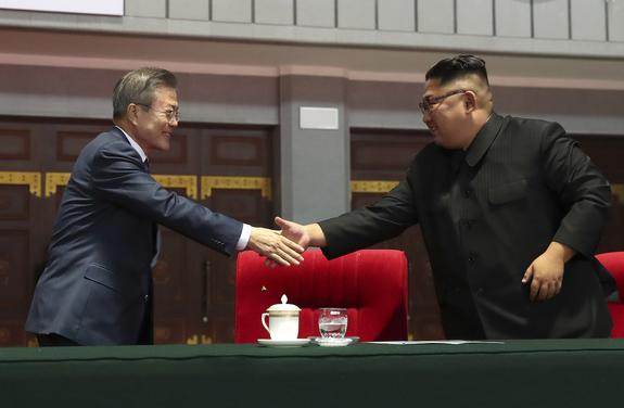 Ким Чен Ын намерен в декабре посетить Сеул