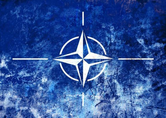 """НАТО хочет адекватно ответить на российские учения """"Восток-2018"""""""