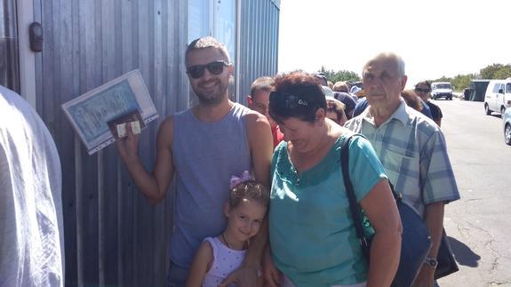 Пограничники не пускают иностранных добровольцев с Донбасса домой