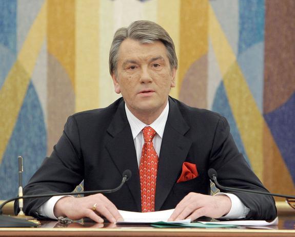 Экс-президент Украины сравнил жителей Донбасса с населением нацистской Германии