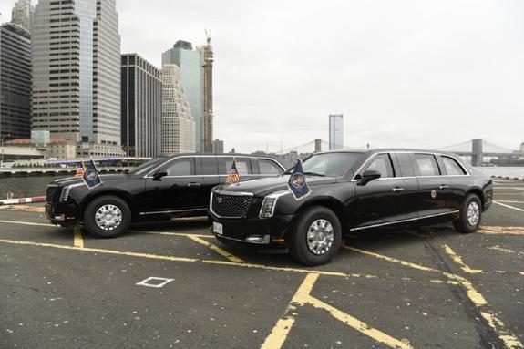 Новый лимузин Трампа впервые показали в Нью-Йорке