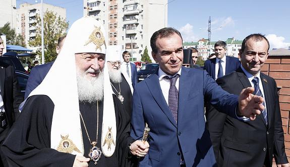 Патриарх и руководители Кубани посетили строящийся в Ейске собор