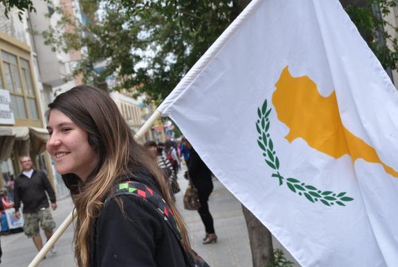 Киприоты не советуют США соваться на их остров