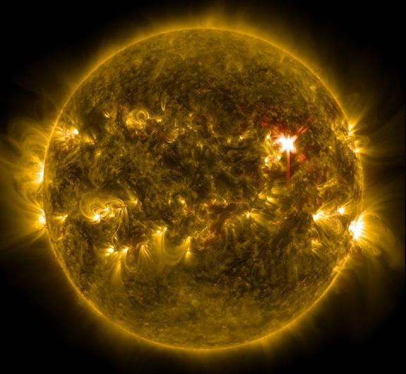Уфолог: NASA засняли старт НЛО с поверхности Солнца