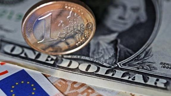 Как изменится курс доллара и евро на среду, 10 октября