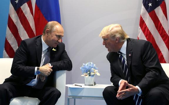 СМИ: Путин и Трамп могут встретиться в День святого Валентина