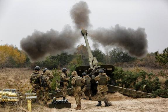 Выложено видео последствий массированных ударов ВСУ по прифронтовому поселку ЛНР