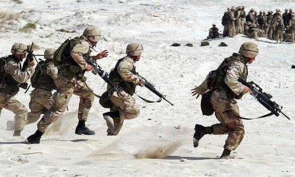 """НАТО проведет не менее 20 """"экспериментов"""" в рамках учений у российских границ"""