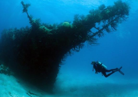 Найден древнейший в мире затонувший корабль