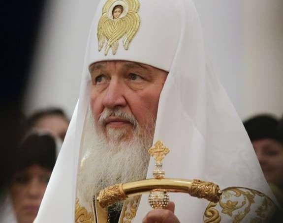 Видео: Патриарх Кирилл совершил отпевание Николая Караченцова