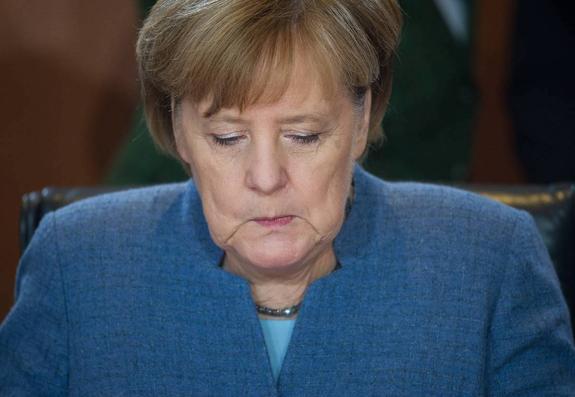 Меркель разбудила призрак фашизма