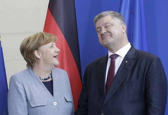 В Киеве начались переговоры Меркель и Порошенко