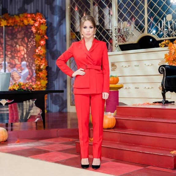 Барановская в дерзком образе произвела фурор на модном шоу