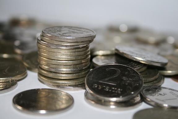 Эксперты сообщили, как курс рубля отреагирует на санкции США против Ирана