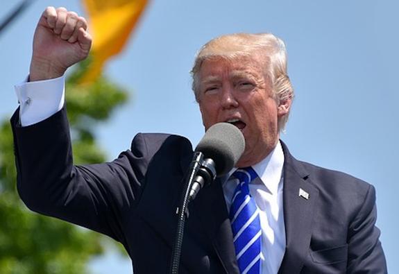 Трамп обратился к сторонникам перед выборами в Конгресс