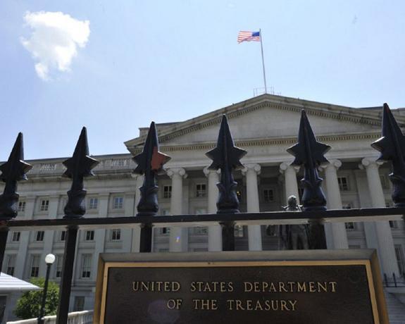 Стали известны имена людей и названия фирм, попавших под новые санкции США