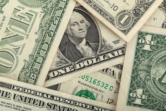 Аналитики полагают, что встреча Трампа и Путина ослабит доллар