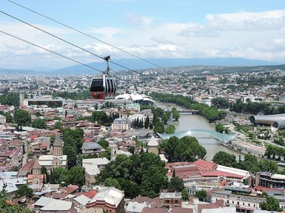 В Тбилиси полиция задержала семерых вооруженных украинцев
