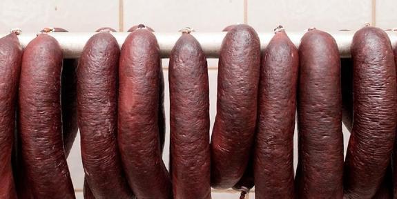 Скандал в Берлине: участников Исламской конференции накормили свининой