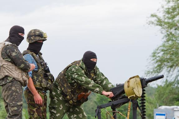 Воюющие в Донбассе ВСУ начали атаковать ЛНР неизвестными ополченцам боеприпасами