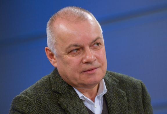 Киселев поддержал российских рэперов стихами Маяковского