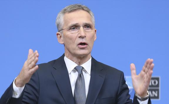Столтенберг: НАТО в настоящий момент оценивает ситуацию в Черном море