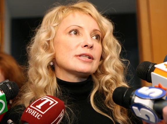 Тимошенко считает необоснованным введение военного положения на Украине