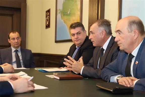 Сотрудники «Азов-Сити» не должны остаться без работы