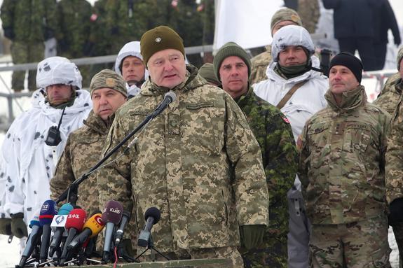 Назван единственный козырь Порошенко для победы на выборах президента Украины