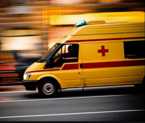 В Москве автобус столкнулся с грузовиком, есть пострадавшие