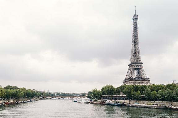 Французские власти опасаются государственного переворота