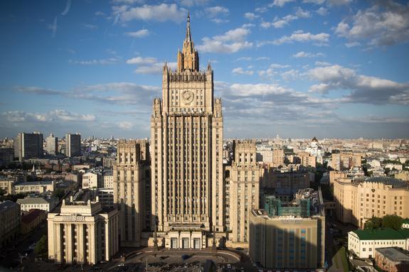 В МИД РФ объяснили, зачем Порошенко ввел военное положение на Украине