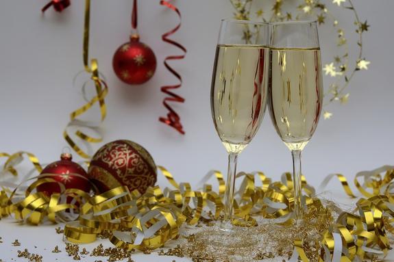 Эксперт: Новогодний вечер плавно переходит в новогоднее утро