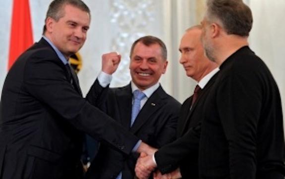 Коррупционеров в Крыму вылавливают с помощью зарплаты  С. Аксенова