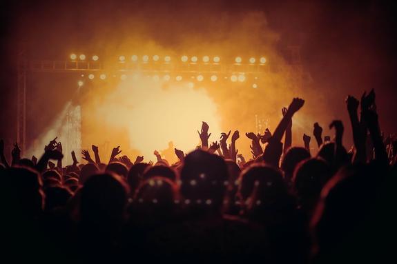 На концерте в Италии из-за давки погибли шесть человек
